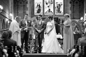 wedding-ceremony-sacred-heart-