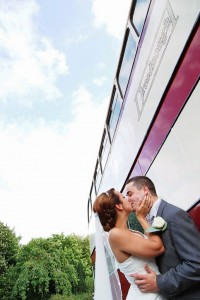vintage-wedding-double-decker-