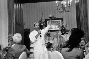 singing-waiters-wedding-