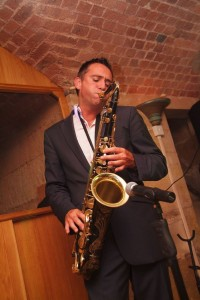 saxaphone-wedding-