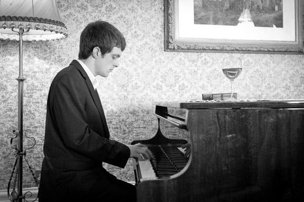 pianist grand hotel wedding