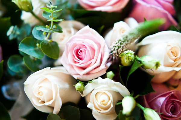 roses wedding flower bouquet