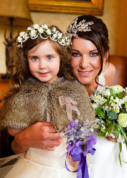 crab and lobster wedding photographer bride and flowergirl