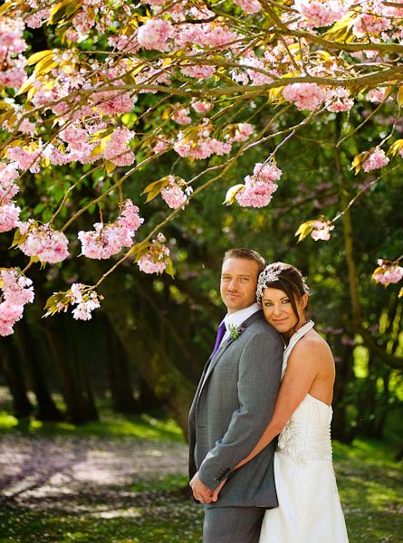 bride and groom in grounds crab and lobster wedding photographer