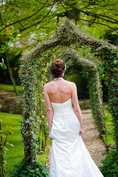 crab and lobster wedding photographer bride in garden