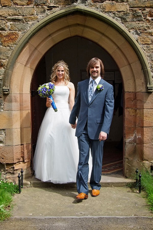bride and groom outside wynyard church wedding