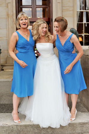 wynyard hall bride and bridesmaids laughing